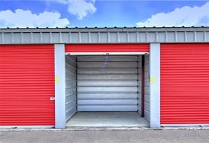 Safe Storage - Elizabeth St - Photo 11