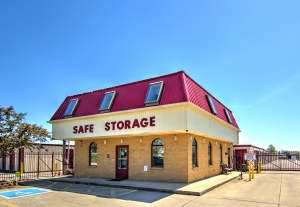Safe Storage - Etter Drive - Photo 1