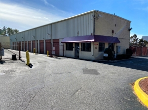 A Space Place Facility at  3220 Horseblock Rd, Medford, NY