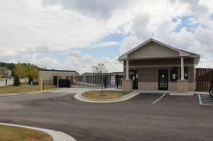 Amazon Self Storage - Brownsburg