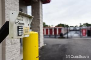 CubeSmart Self Storage - Wyoming - 2621 Burlingame Avenue Southwest - Photo 4