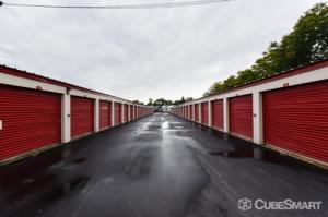 CubeSmart Self Storage - Wyoming - 2621 Burlingame Avenue Southwest - Photo 5