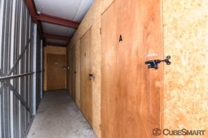 CubeSmart Self Storage - Wyoming - 2621 Burlingame Avenue Southwest - Photo 7