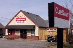 CubeSmart Self Storage - Nashville - 5916 Robertson Avenue