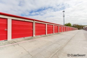CubeSmart Self Storage - Humble - 1705 Atascocita Road - Photo 6