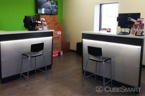 CubeSmart Self Storage - Austin - 10707 N Interstate Hwy 35 - Photo 3