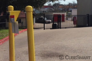 CubeSmart Self Storage - Austin - 10707 N Interstate Hwy 35 - Photo 8