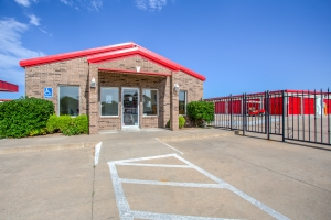 Simply Self Storage - Norman, OK - 12th Ave
