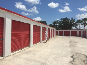 Storage Rentals of America - Palm Beach Gardens - Photo 4