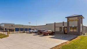 Image of StorageMart - 156th St & Sapp Brothers Dr Facility at 10921 Sapp Brothers Drive  Omaha, NE