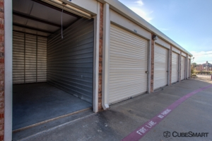 CubeSmart Self Storage - Little Elm - 2421 Farm To Market Road 423 - Photo 7