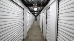 Life Storage - Los Angeles - East Slauson Avenue - Photo 5