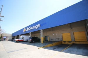 Life Storage - Los Angeles - East Slauson Avenue Facility at  700 East Slauson Avenue, Los Angeles, CA