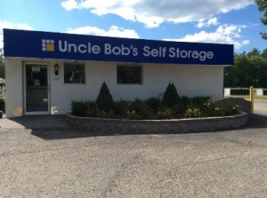 Uncle Bob's Self Storage - Lee