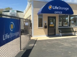 Life Storage - Salisbury