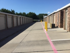 Image of Life Storage - Frisco Facility on 8747 Stockard Drive  in Frisco, TX - View 3