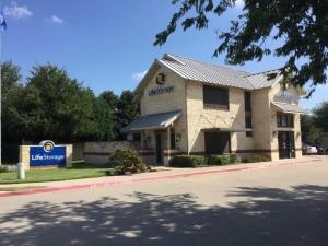 Life Storage - Mckinney - North Custer Road Facility at  550 North Custer Road, Mckinney, TX