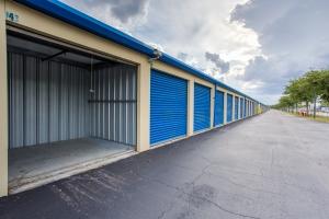Simply Self Storage - Orlando, FL - Narcoossee Rd - Photo 5