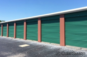CubeSmart Self Storage - Saint Petersburg - 2501 22nd Ave N - Photo 4