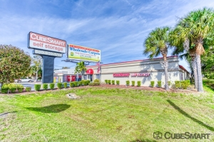 CubeSmart Self Storage - Saint Petersburg - 2501 22nd Ave N Facility at  2501 22nd Avenue North, Saint Petersburg, FL