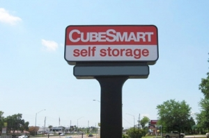 CubeSmart Self Storage - Palm Harbor - Photo 2