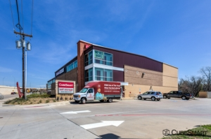 CubeSmart Self Storage - Grapevine Facility at  2105 Ira E Woods Avenue, Grapevine, TX