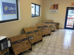 Life Storage - Waterbury - Photo 5