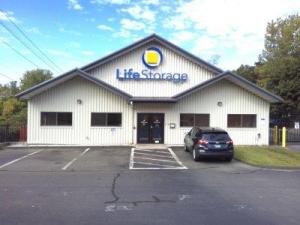 Life Storage - Waterbury - Photo 6