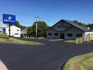 Life Storage - Waterbury Facility at  433 Lakewood Road, Waterbury, CT