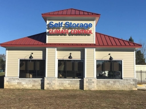AAAA Self Storage - County Drive