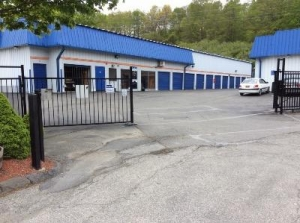 Life Storage - Mahopac - Photo 3