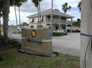 Life Storage - Port St. Lucie - Northwest Peacock Boulevard