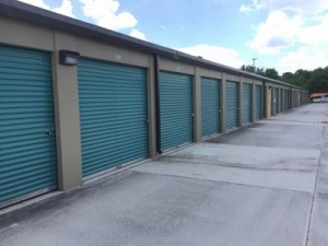 Life Storage - Port Saint Lucie - Northwest Peacock Boulevard - Photo 3