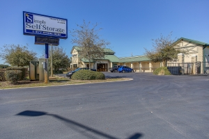 Image of Simply Self Storage - 9546 Navarre Parkway - Navarre Facility on 9546 Navarre Pkwy  in Navarre, FL - View 3