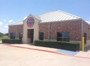 Uncle Bob's Self Storage - Lewisville