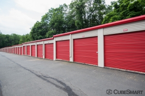 CubeSmart Self Storage - Simsbury - 1280 Hopmeadow Street - Photo 6