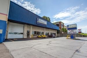 Simply Self Storage - St. Charles, IL - Randall Rd
