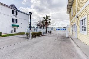 Simply Self Storage - Palm Bay, FL - Palm Bay Rd - Photo 4