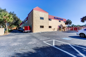 Simply Self Storage - Valrico, FL - Starwood Ave