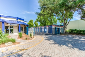 Simply Self Storage - Altamonte Springs, FL - Douglas Ave - Photo 4