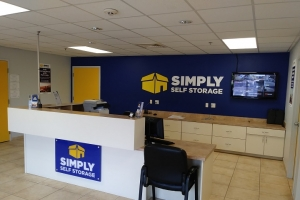 Simply Self Storage - Spring Hill, FL - County Line Road - Photo 8