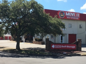 Move It Self Storage - Mobile - Photo 1