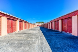 24 Hour Self Storage - Photo 4