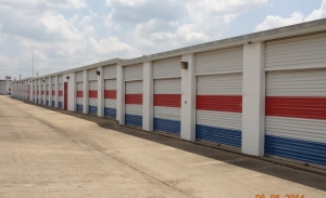 American Mini Storage Facility at  2372 Highway 80 West, Jackson, MS