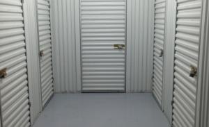 Fountainbleau Self Storage - Photo 3