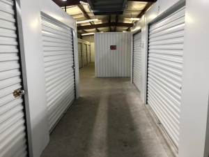 Dothan Lock Storage - Photo 21