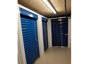 Image of Extra Space Storage - Arlington - N 10th St Facility on 3000 10th Street North  in Arlington, VA - View 2