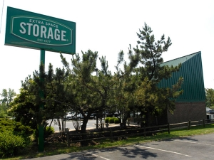 Extra Space Storage - Fredericksburg - Jefferson Davis Hwy - Photo 6