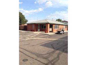 Extra Space Storage - Denver - 14750 E 40th Ave