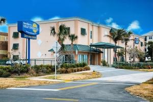 Southern Self Storage - Cocoa Beach Facility at  14 South 20th Street, Cocoa Beach, FL